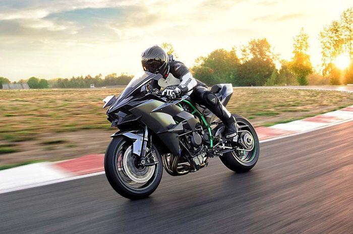 Kawasaki Ninja H2r >> Alasan Kawasaki Ninja H2r Dilarang Dipakai Di Ajang World