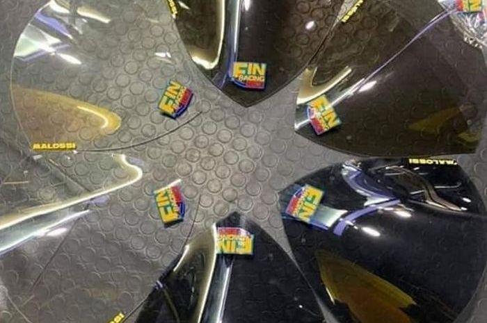 Pilihan warna windshield Malossi XMAX