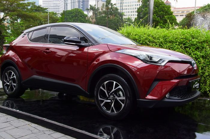 All New Toyota C-HR Hybrid paling murah Rp 523 jutaan