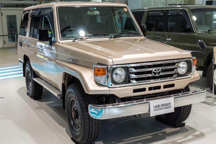 Toyota Land Cruiser 70 >> Mengungkap Rahasia Terdalam Toyota Land Cruiser 70 Series