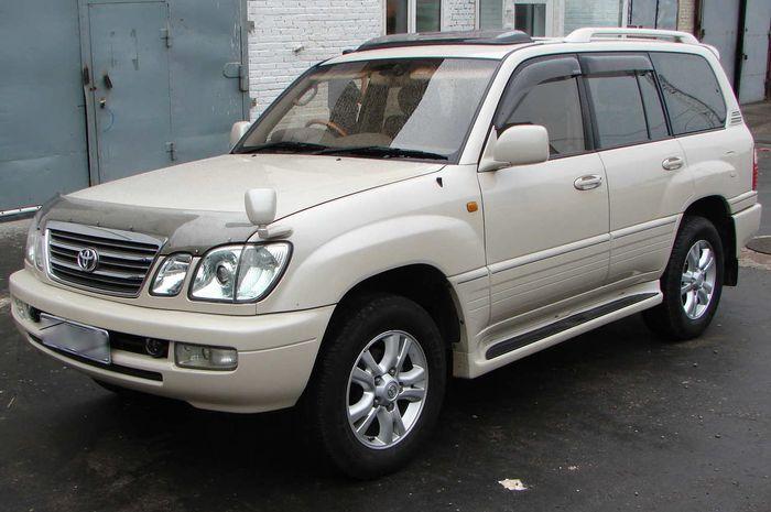 Ilustrasi Toyota Land Cruiser Cygnus