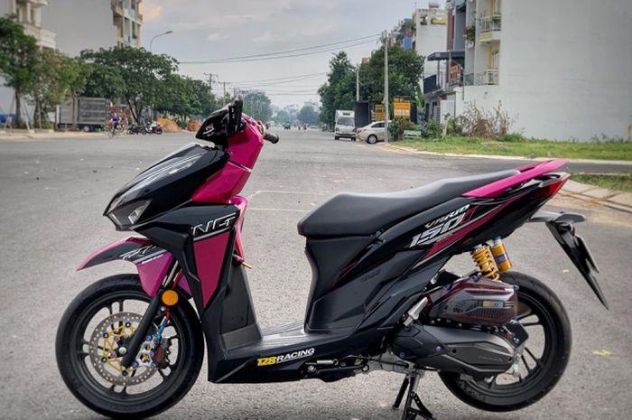Honda Vario Black Pink Racing Kelihatan Feminim Tapi Juga