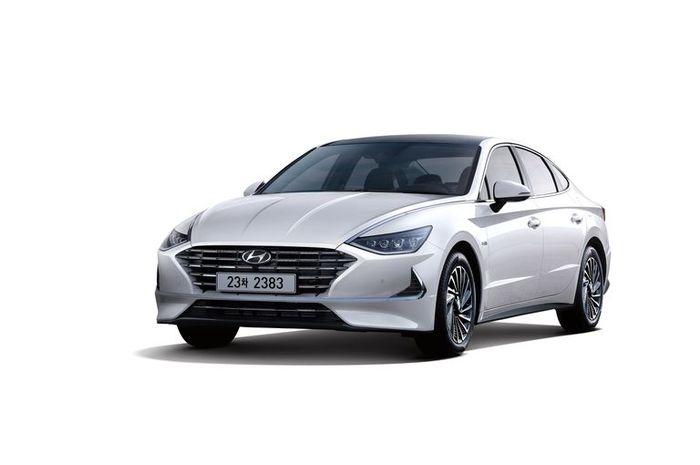 Hyundai Sonata Atapnya Pakai Panel Surya Kira Kira Buat