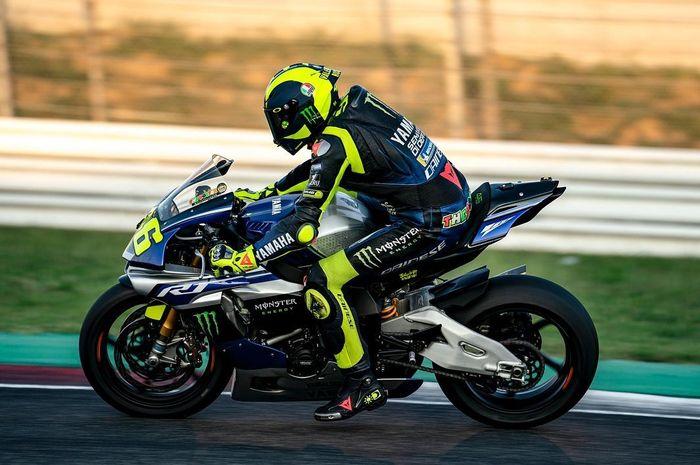 Valentino Rossi kembali latihan di atas motor Yamaha R1 usai liburan paruh musim MotoGP selesai
