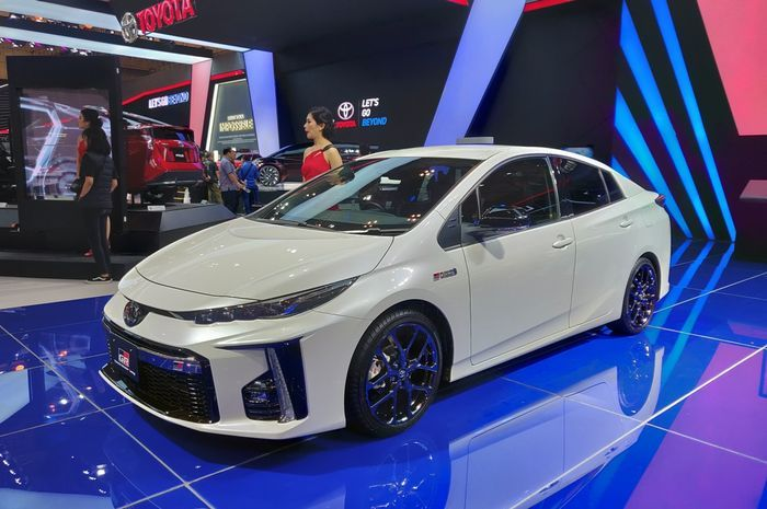 Ilustrasi. Toyota Prius PHEV.