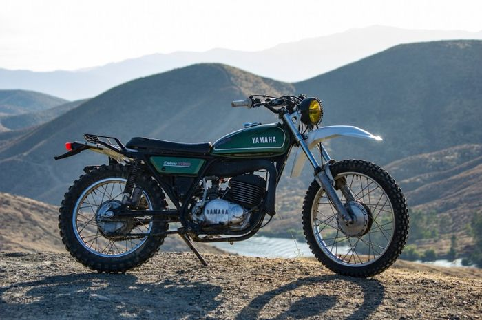 Modernisasi Yamaha DT360 Rupa Vintage Trail Dengan Sentuhan