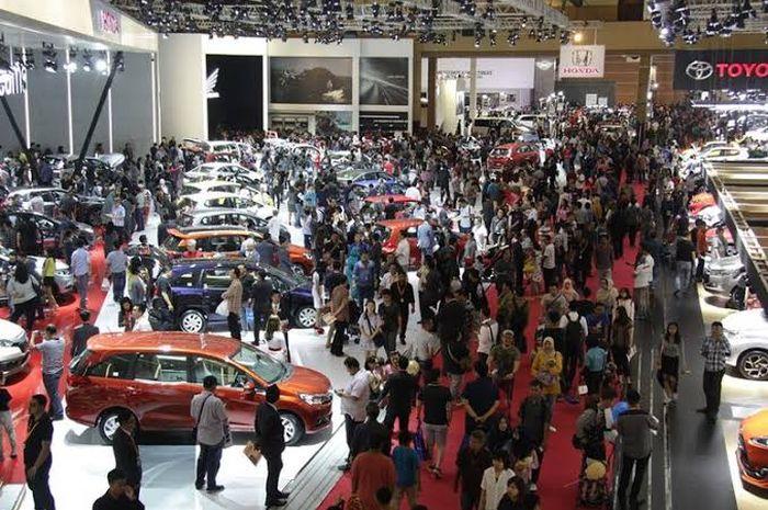 Ilustrasi. Penjualan mobil baru di Indonesia