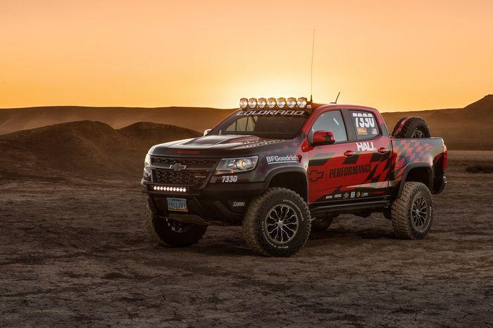 Chevrolet Colorado ZR2 Hall Racing