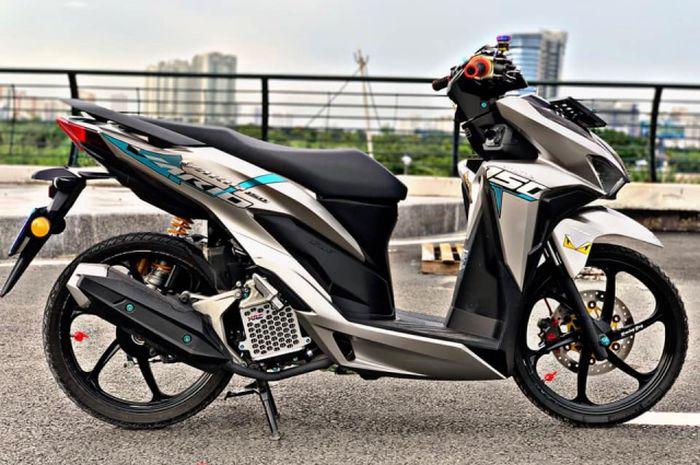 Honda Vario 150 Tampil Atraktif Pakai Warna Cerah Dan Part
