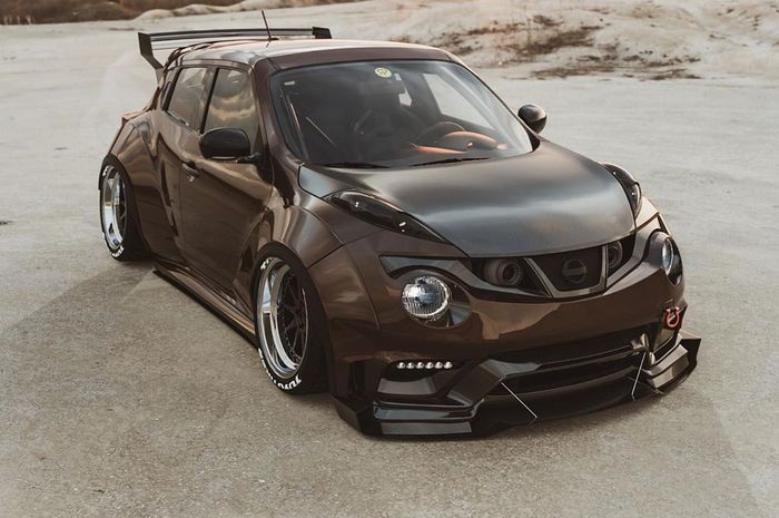 Modifikasi Nissan Juke tampil gamboot bersayap lebar
