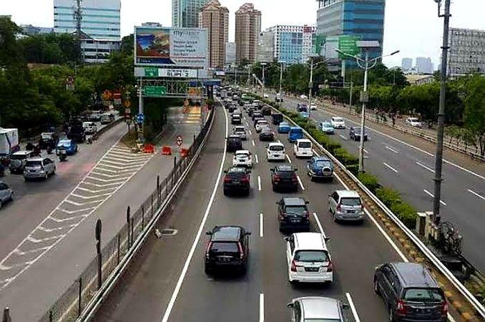 Ilustrasi jalan Tol dalam kota Jakarta