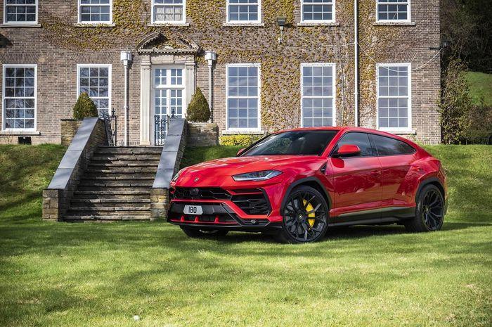 Modifikasi Lamborghini Urus hasil garapan Kahn Design