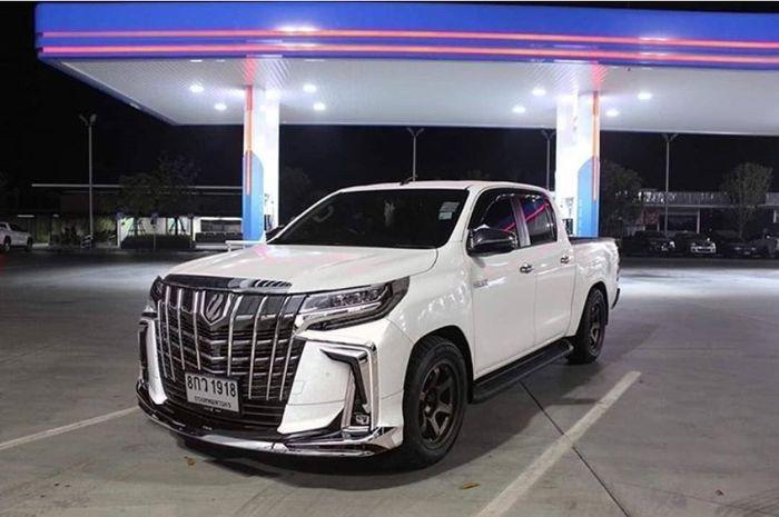 Modifikasi Toyota Hilux pakai muka Alphard