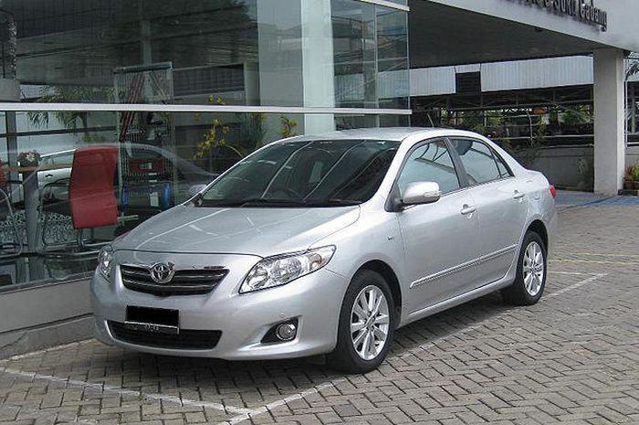 Ilustrasi Toyota Corolla Altis Bekas