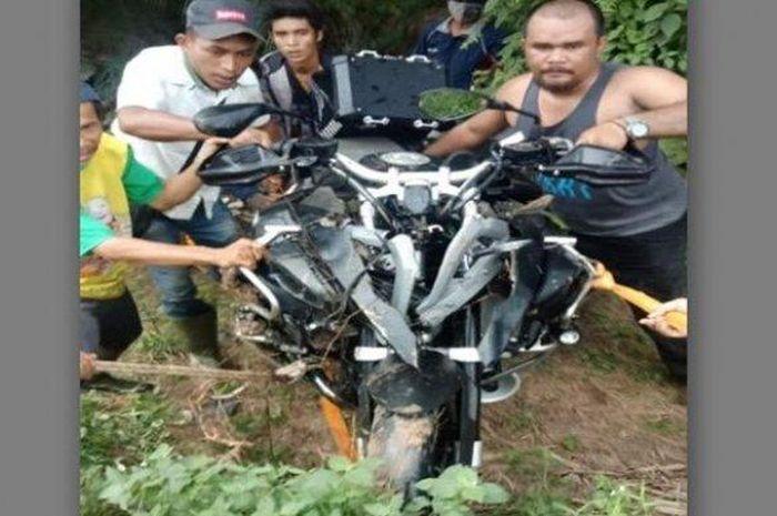 Motor Mantan Bupati Muba Pahri Azhari kecelakaan di Banyuasin, Kamis (16/4/2020).