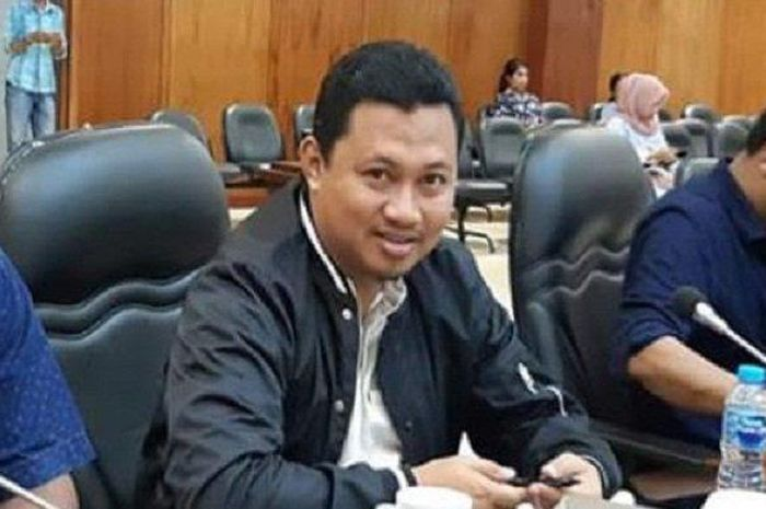 Wakil Ketua DPRD Maluku Asis Sangkala