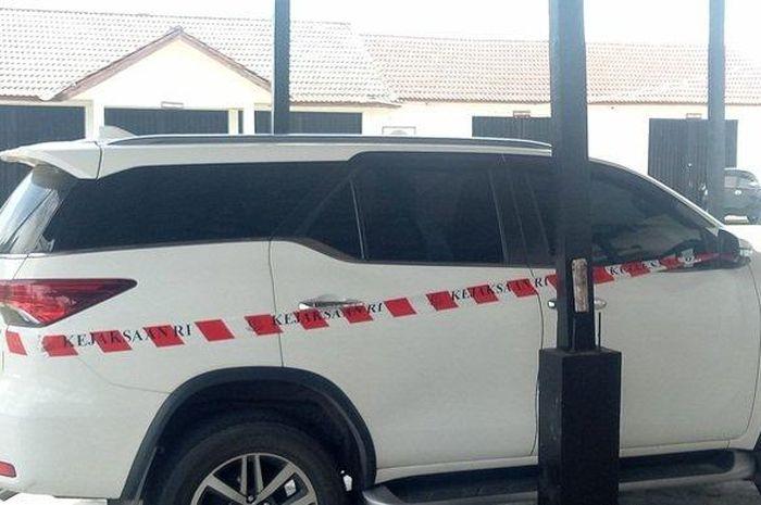 Toyota Fortuner VRZ disita Kejaksaan Negeri Bangka Barat dari Kepala Cabang PT BPRS yang dibeli pakai biaya fiktif