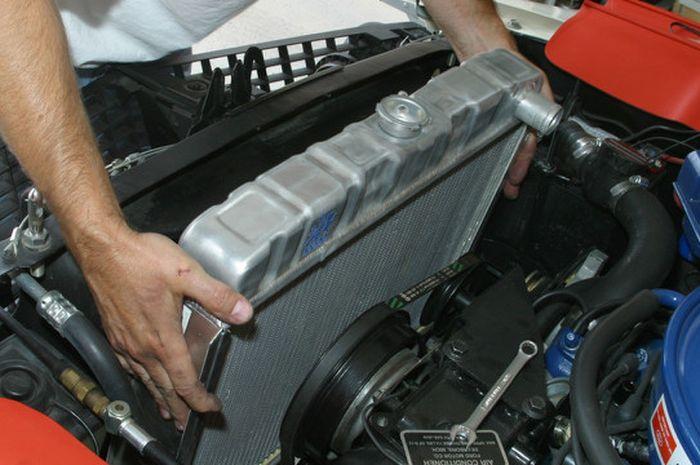 Ilustrasi radiator mobil