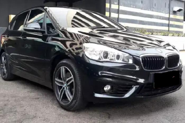 BMW Seri 218i Bekas