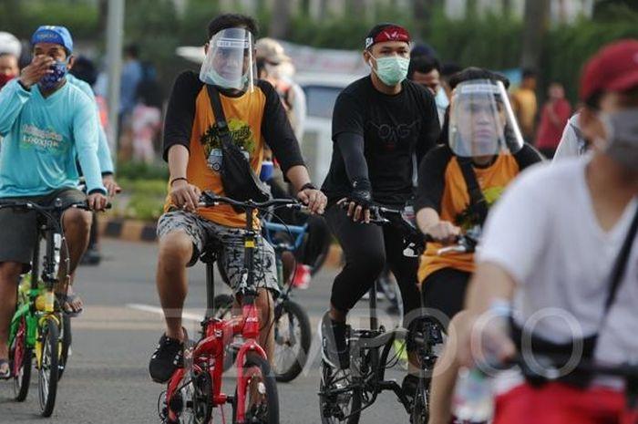 Pesepeda tampak memadati area CFD di tengah pandemi Covid-19