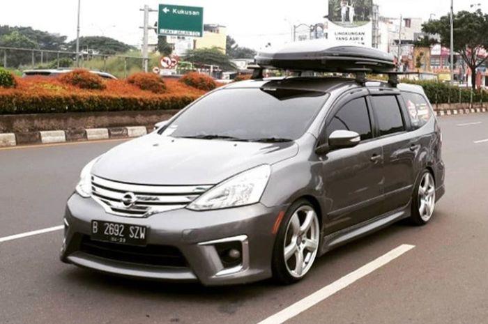 Nissan Grand Livina milik salah satu member Gravinci chapter Cipokbos.