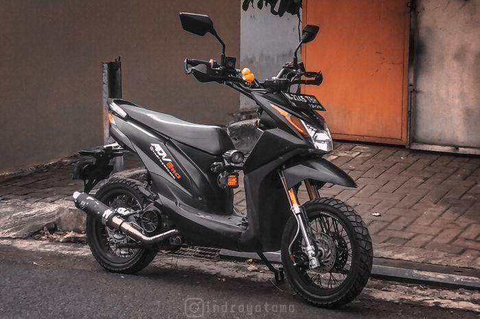 Honda Beat Dirombak Ala Motor Adventure Siap Terabas Jalan Semi Off Road Gridoto Com