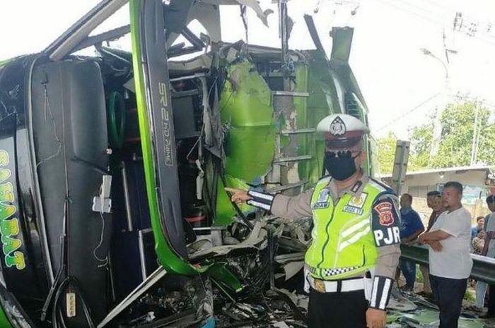 Ilustrasi Tol Cipali Km 84 jadi saksi kecelakaan maut bus Sahabat