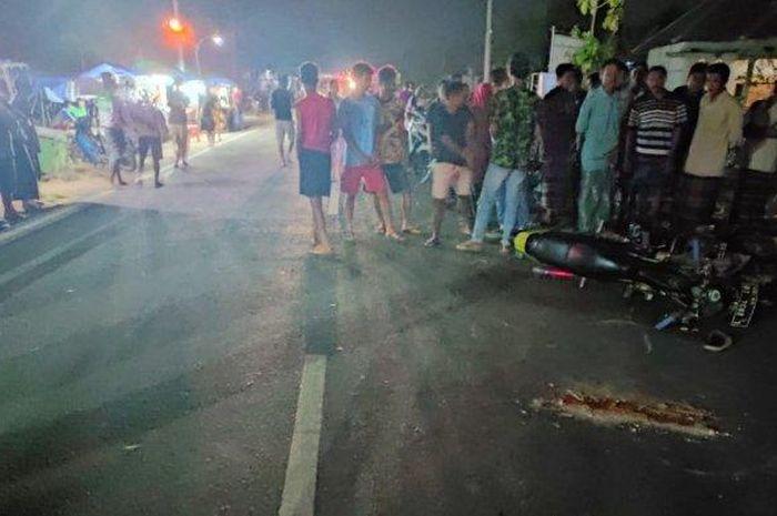 Kecelakaan melibatkan Honda BeAT vs Suzuki Satria di jalan lingkar selatan, Desa Kowang, Kecamatan Semanding, Rabu (30/9/2020), malam.