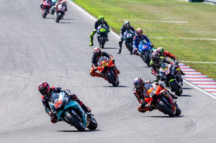 Ada perubahan jadwal untuk MotoGP Aragon 2020, Minggu (25/10/2020) . Berikut link live streaming-nya.