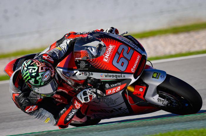 Stefano Manzi raih pole position bersejarah di Moto2 Valencia 2020