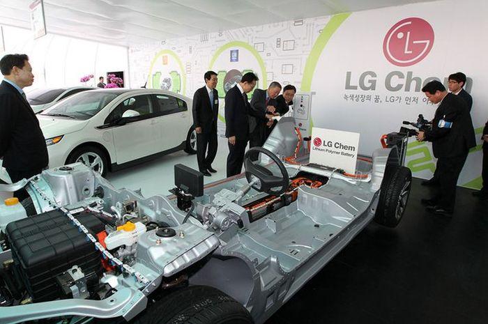 Ilustrasi baterai mobil listrik LG Chem(https://www.caixinglobal.com/)