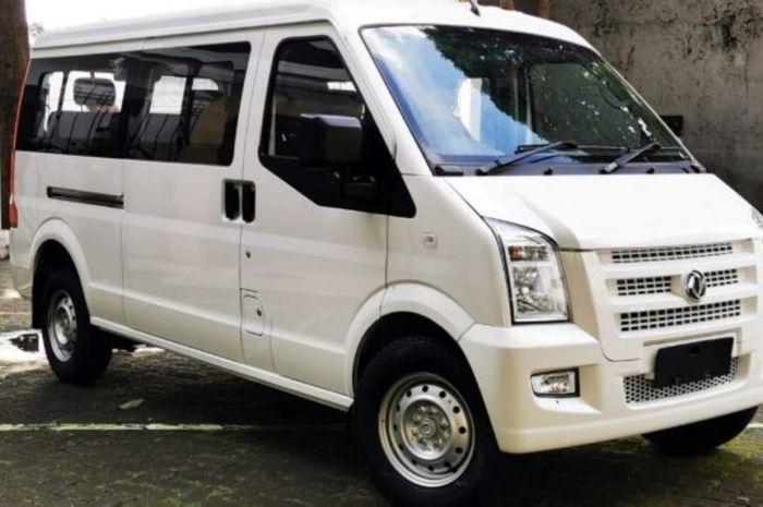 DFSK Gelora versi penumpang dijual Rp 185 juta on the road DKI Jakarta