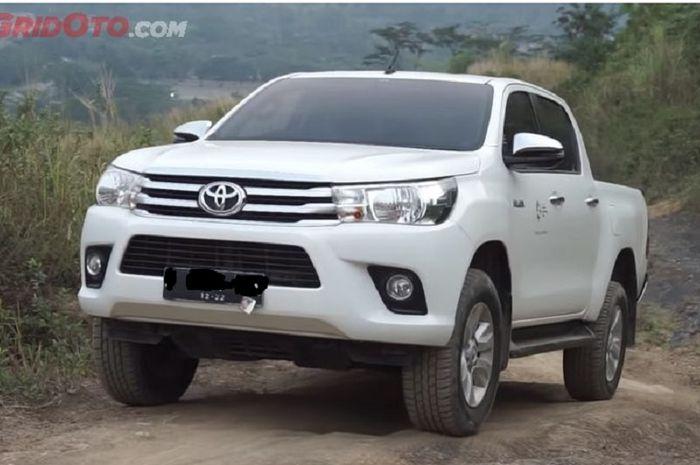 Ilustrasi Toyota Hilux Bekas