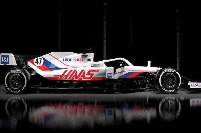 Mobil VF-21 milik HAAS F1 Team 2021
