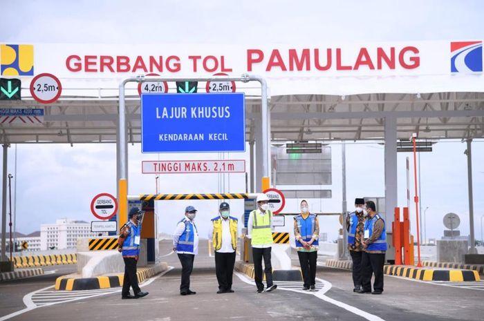 Jalan Tol Serpong-Cinere Ruas Serpong-Pamulang, dan Tol Cengkareng-Batuceper-Kunciran telah diresmikan Presiden Republik Indonesia, Joko Widodo (1/4/2021)