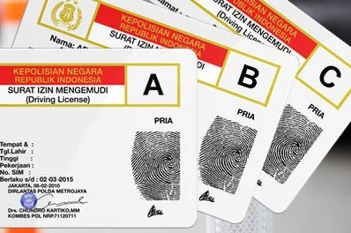 Ilustrasi buat SIM online menggunakan layanan aplikasi