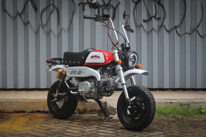 Custom Honda Astrea Legenda ala Honda Monkey di Brilliant Custom Motorcycle