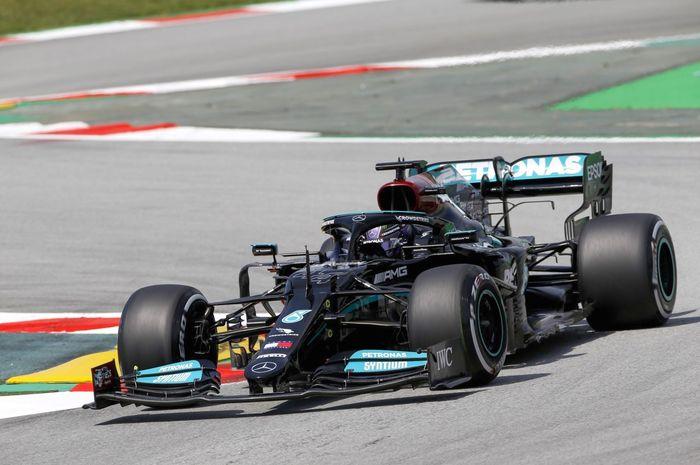Lewis Hamilton kuasai FP2 F1 Spanyol 2021
