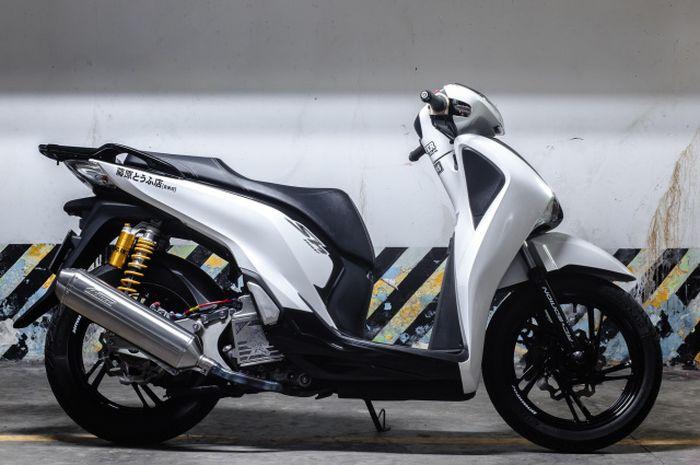 Modifikasi Honda SH300i yang istimewa