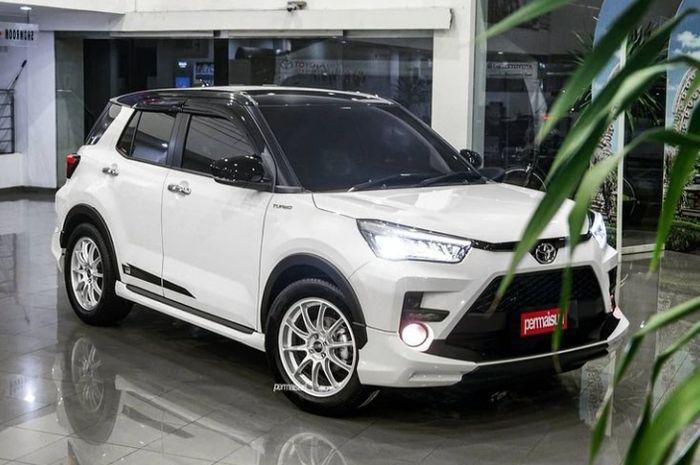 Modifikasi Toyota Raize semakin mewah dan berkelas berkat OZ Racing