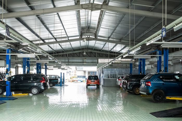 Ilustrasi. suasana bengkel resmi Suzuki