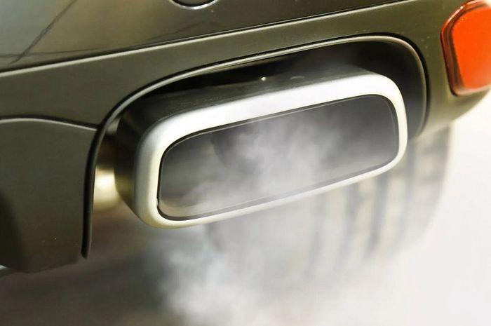 Ilustrasi emisi gas buang