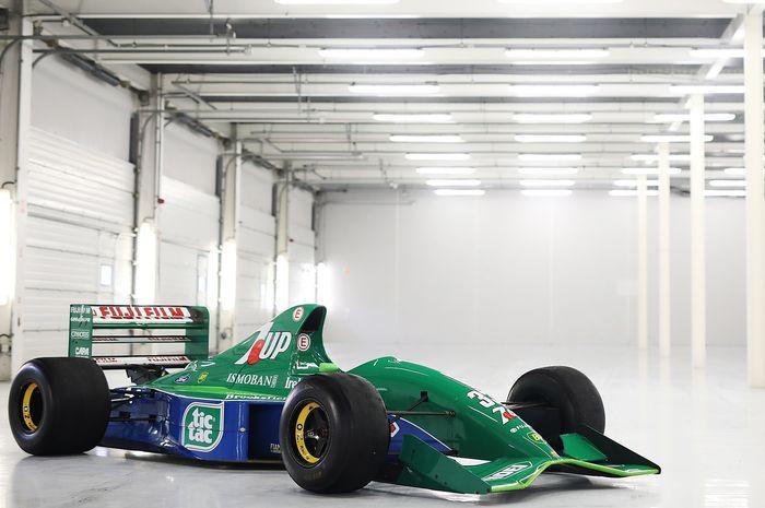 Jordan 191 yang pernah dipakai legenda F1, Michael Schumacher.