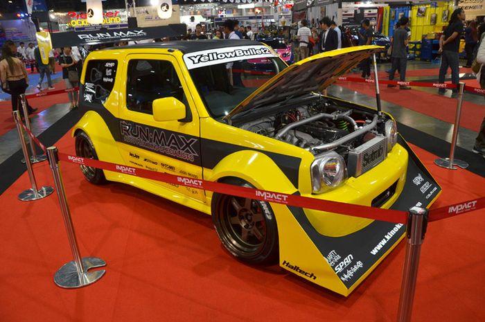 Modifikasi Suzuki Jimny Wide sangar menjelma seperti mobil balap