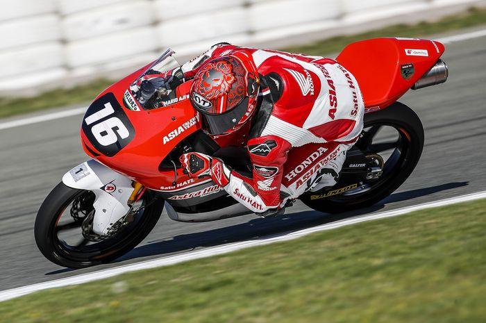 Mario Aji raih Pole Position di FIM CEV Moto3 Barcelona