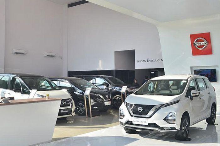 Ilustrasi Nissan Livina di dealer yang terkena insentif PPnBM dari pemerintah