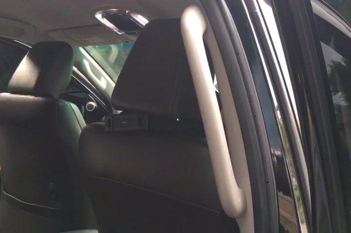 Center hand grip untuk Toyota Fortuner di Automania