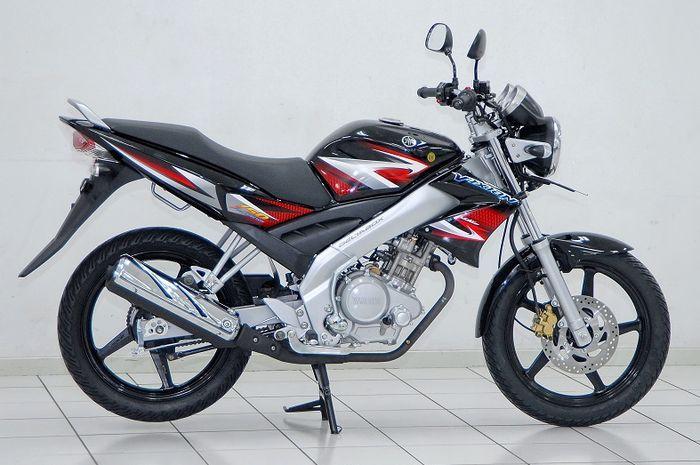 Yamaha V-ixion 2007