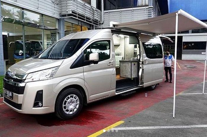 Toyota HiAce Premio diubah jadi campervan nyaman untuk berpetualang bareng keluarga