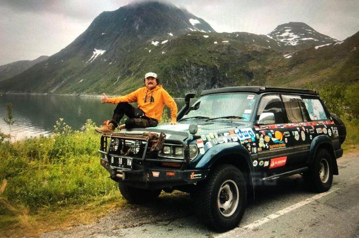 Perjalanan Hauwke melintasi 70 negara dengan Land Cruiser VX80